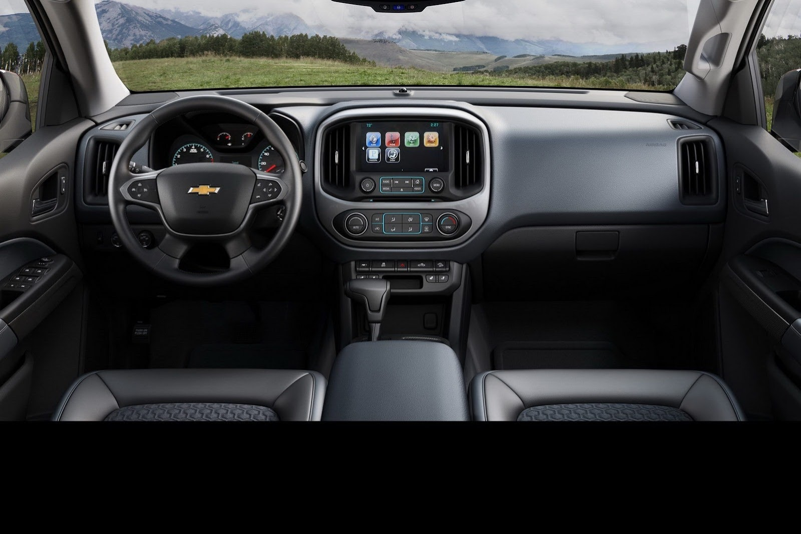 2015-Chevrolet-Colorado-11