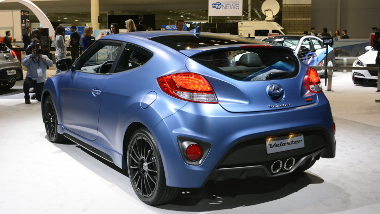 2016-hyundai-veloster-rally-edition-3