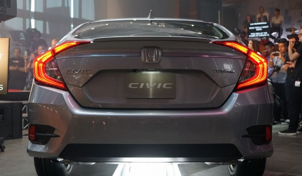 All-New-Civic-2016-10