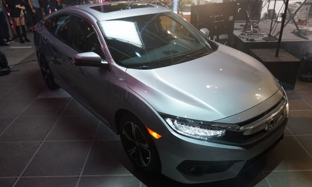 All-New-Civic-2016-4