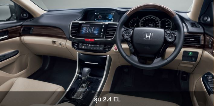 interier-Honda-Accord-2016
